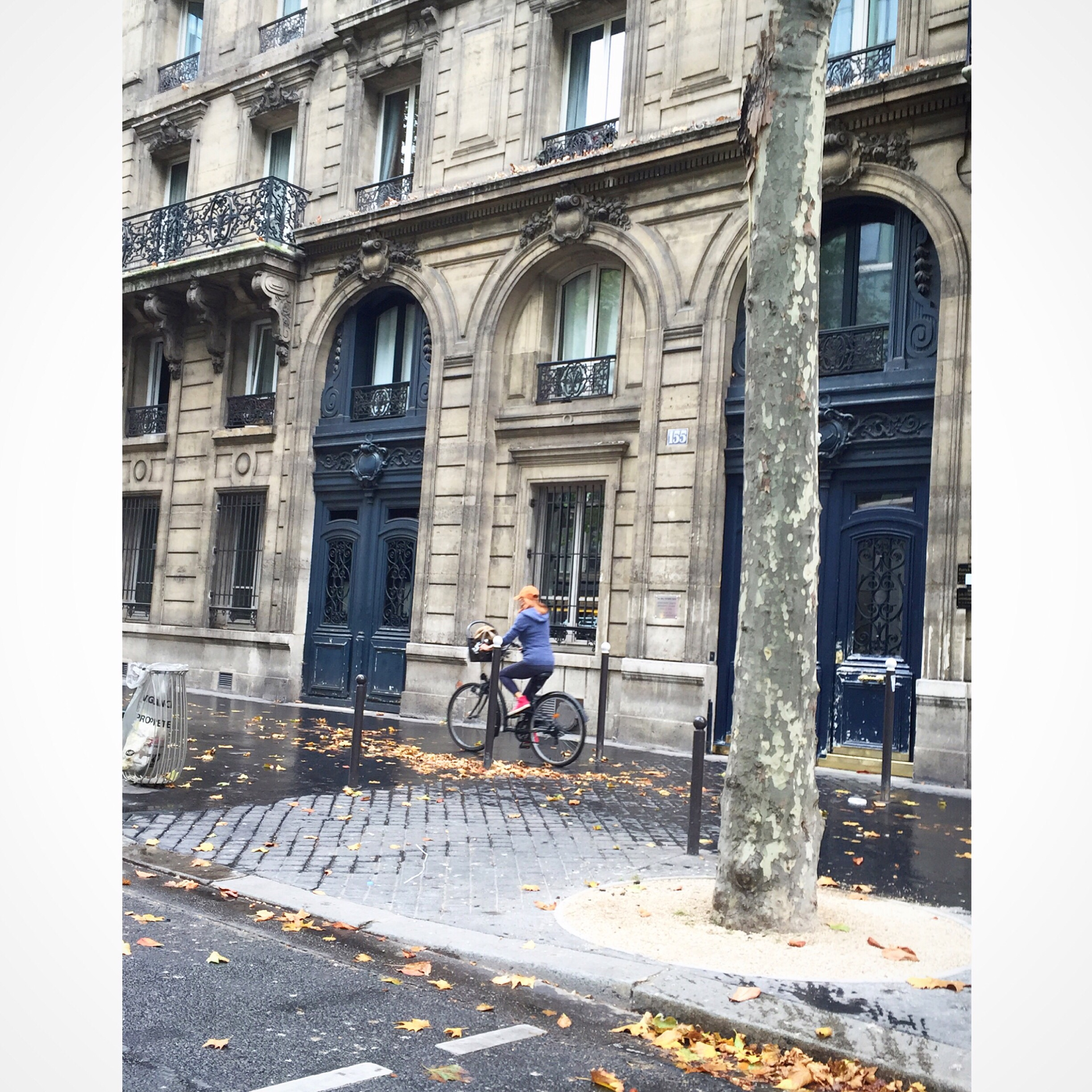 Neutral Nuance in Paris – Color, Chaos & Creativity